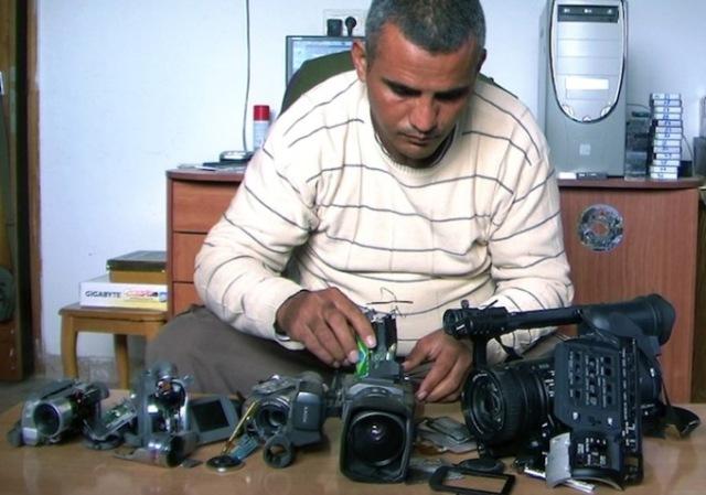 5-broken-cameras-2