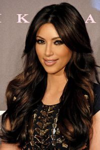 670px-kim_kardashian_2011
