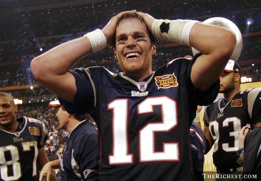 APTR_Tom-Brady-Super-Bowl-2004